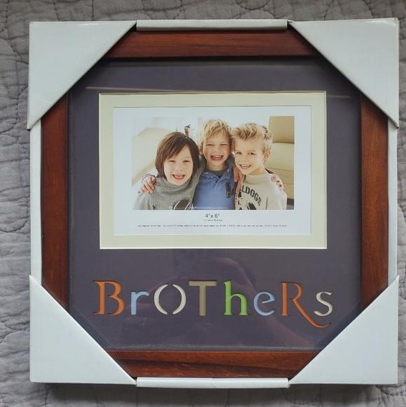 "Nice ""Brothers"" Frame"